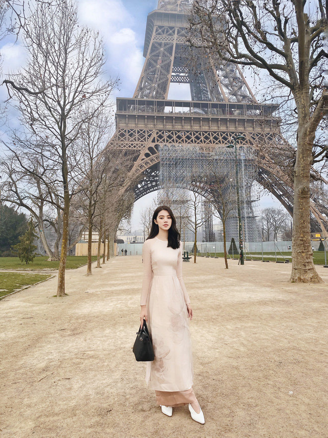 'Chất chơi' như rich kid Jolie Nguyễn: Du lịch một lượt năm nước châu Âu, lên hình lung linh tựa ảnh bìa tạp chí - Ảnh 1