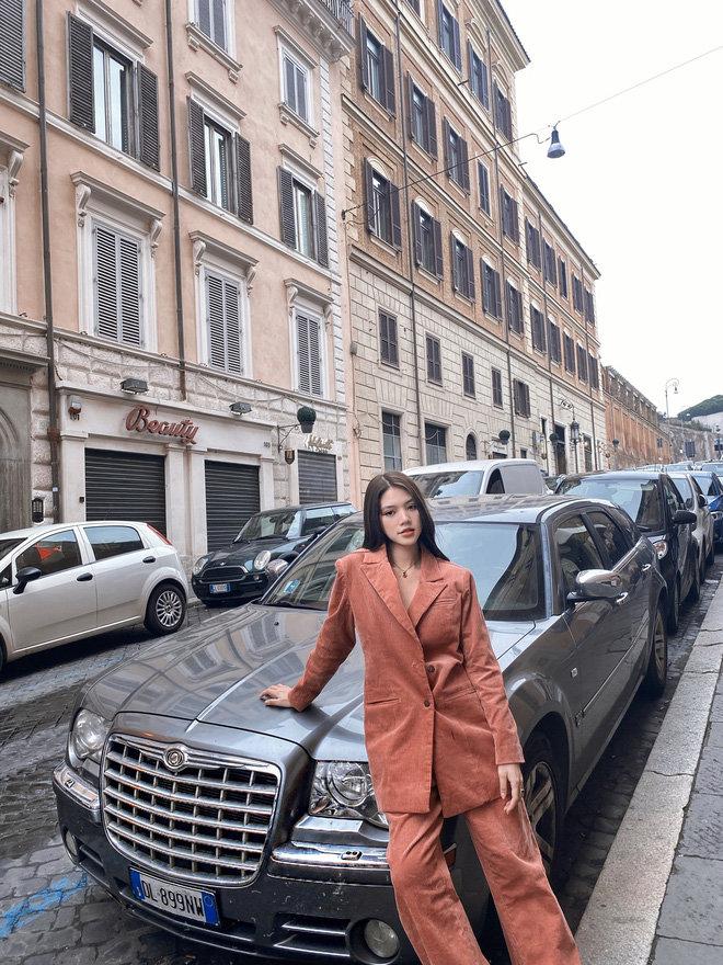 'Chất chơi' như rich kid Jolie Nguyễn: Du lịch một lượt năm nước châu Âu, lên hình lung linh tựa ảnh bìa tạp chí - Ảnh 13