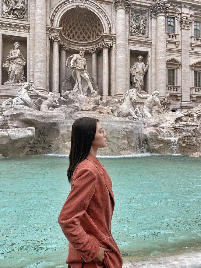 'Chất chơi' như rich kid Jolie Nguyễn: Du lịch một lượt năm nước châu Âu, lên hình lung linh tựa ảnh bìa tạp chí - Ảnh 12