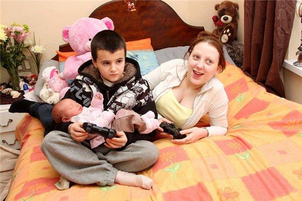 Hai cậu bé chưa dậy thì đã lên chức bố, làm bạn gái tuổi teen mang bầu và sự thật - Ảnh 4