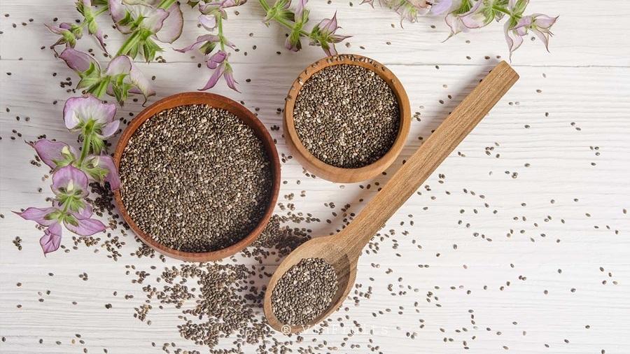 Mách mẹ bầu những cách ăn hạt chia bổ sung dinh dưỡng 'vàng' cho cả mẹ và bé trong thai kỳ - Ảnh 2