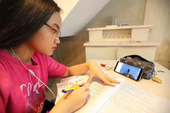 TP.HCM cho học sinh nghỉ học hết tháng 2-2020 - Ảnh 1