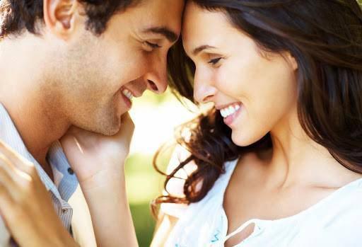 9 thói quen của những cặp đôi hạnh phúc tới già, cái đầu tiên bạn không hề nghĩ tới - Ảnh 2