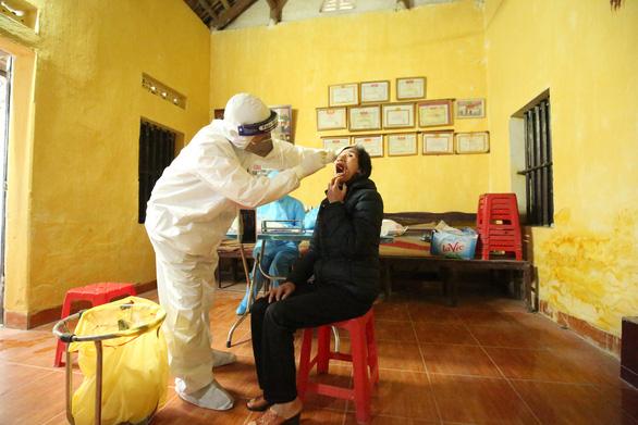 66,6% trường hợp lây nhiễm SARS-CoV-2 ở Hà Nội không triệu chứng - Ảnh 1
