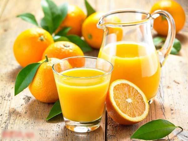 Uống 1 cốc nước cam đúng vào 'khung giờ vàng', dinh dưỡng tăng gấp đôi lại giảm cân hiệu quả - Ảnh 1