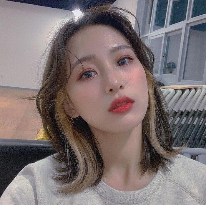 Chia tay Jihyo (TWICE), Kang Daniel (Wanna One) theo dõi bạn gái mới? - Ảnh 4