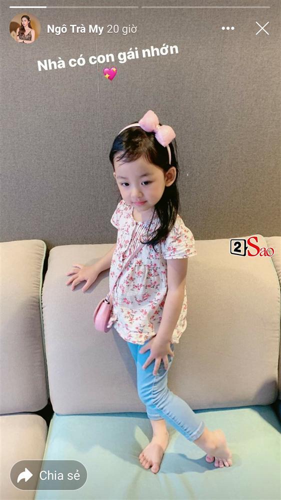 Hiếm hoi mới xuất hiện, ái nữ 4 tuổi nhà Á hậu Ngô Trà My gây ngỡ ngàng vì 'quá xinh' - Ảnh 2