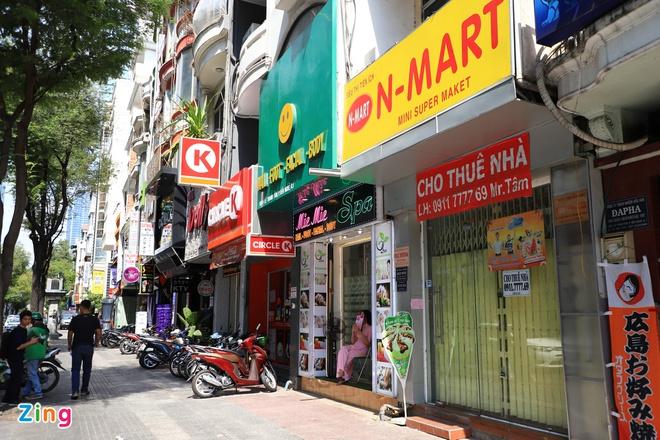Giá bán nhà phố trung tâm TP.HCM rục rịch giảm - Ảnh 1