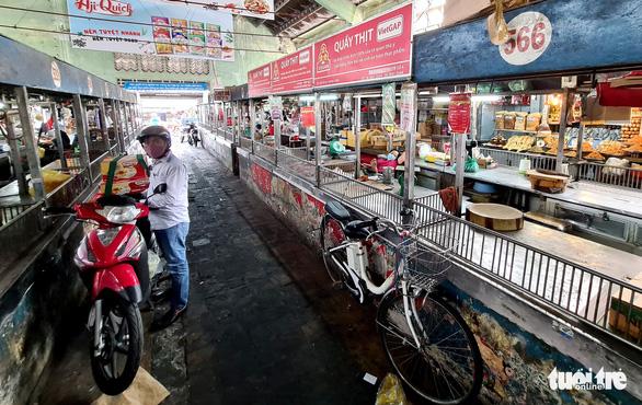 TP.HCM: Đề xuất hỗ trợ tiểu thương chợ truyền thống 76 tỉ đồng - Ảnh 1
