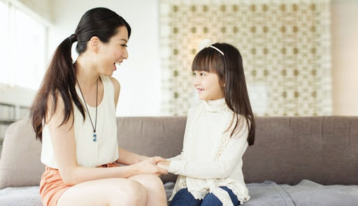 Nếu muốn cô con gái bé bỏng lớn lên được nhiều người yêu thương, quý mến thì ngay từ nhỏ cha me hãy dạy điều này - Ảnh 1