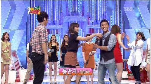 5 lần idol Kpop bị tố 'bẩn tính' với đồng nghiệp: Nancy lườm BLACKPINK, hoang mang nhất là mối thâm thù giữa Jimin (BTS) và Jungyeon (TWICE) - Ảnh 6
