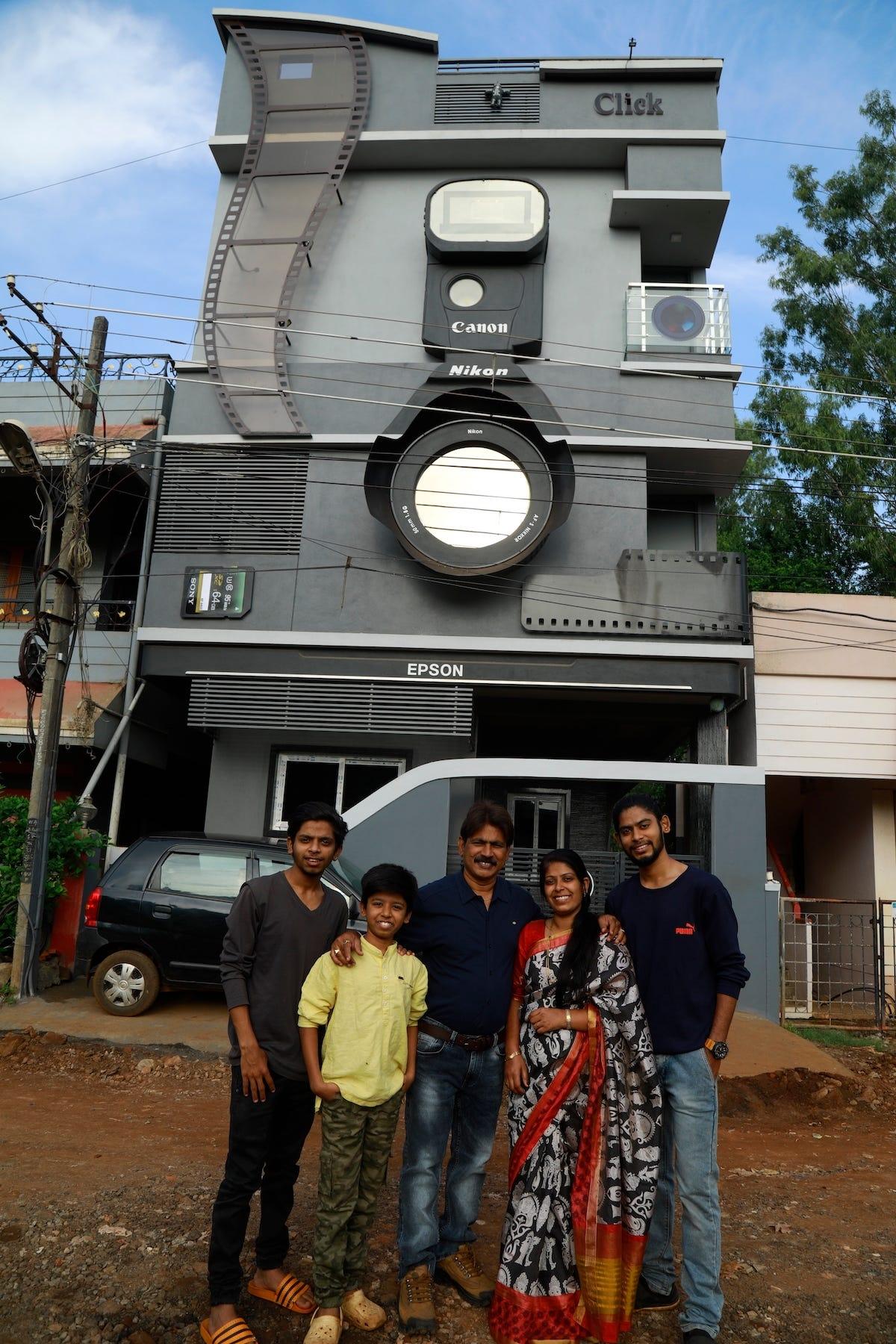 Chiêm ngưỡng ngôi nhà hình chiếc máy ảnh độc đáo ở Ấn Độ - Ảnh 2