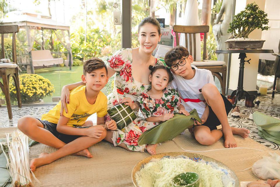 Lấy chồng tỷ phú, Hoa hậu Việt Nam 1992 tuổi 39 mang bầu lần 3, một năm mới về dáng - Ảnh 1