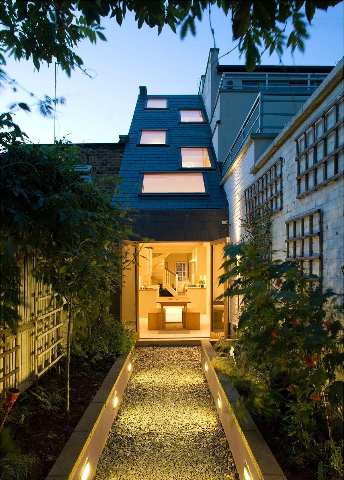 Ngôi nhà độc đáo chỉ rộng 2,3 m2 ở London - Ảnh 3