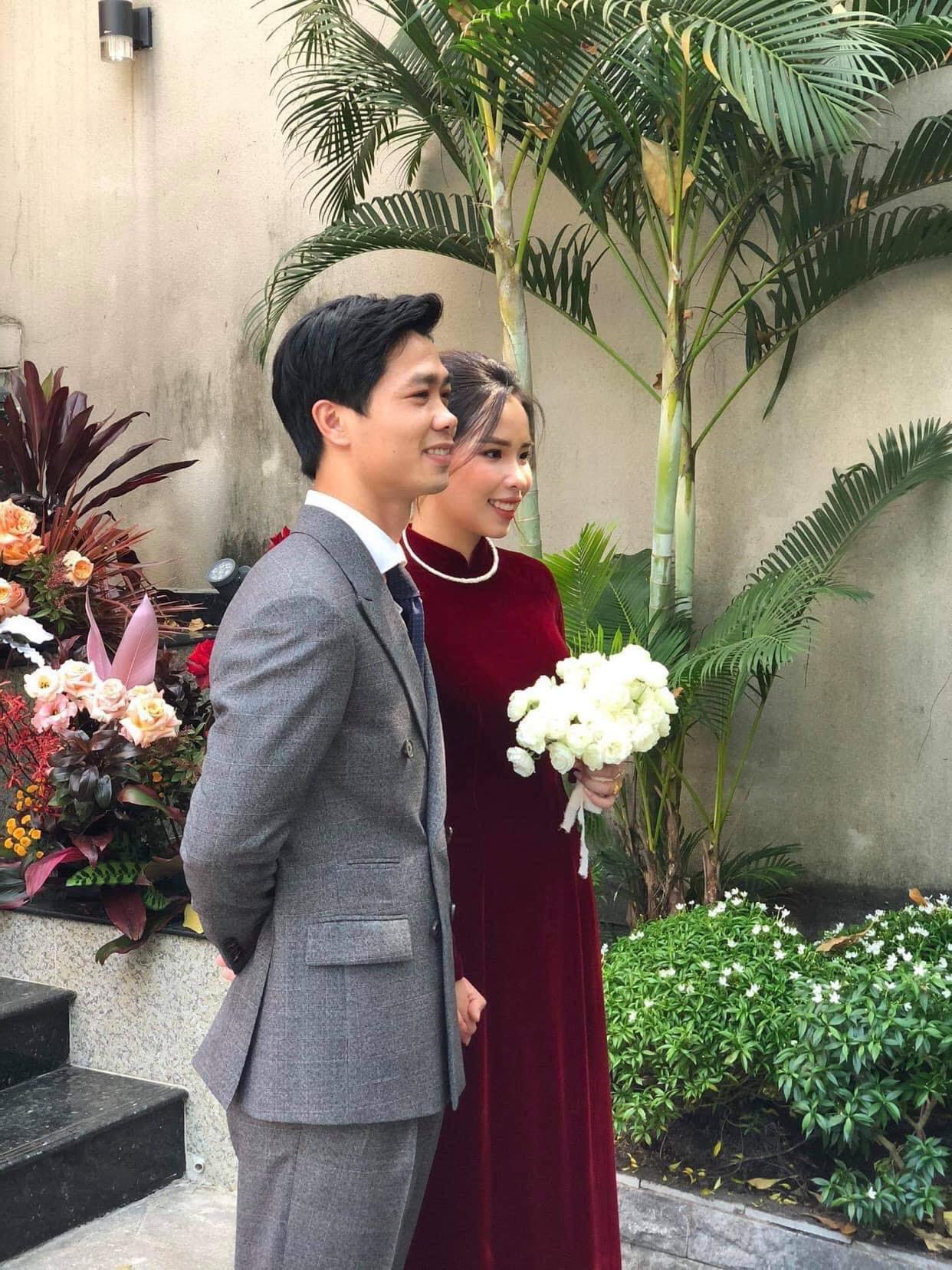 Lộ hình ảnh hiếm hoi trong đám cưới Công Phượng: Dàn bê tráp xịn xò mới thực sự choáng - Ảnh 2