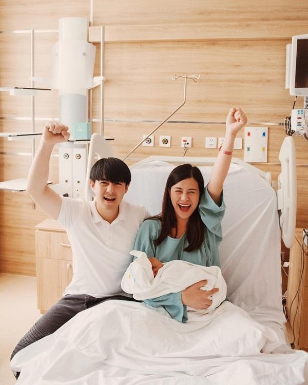 Dàn sao Việt mạnh tay chi gần nửa tỷ để lưu trữ tế bào gốc cuống rốn cho con, đúng là con sao nên 'ngậm thìa vàng' từ nhỏ - Ảnh 1