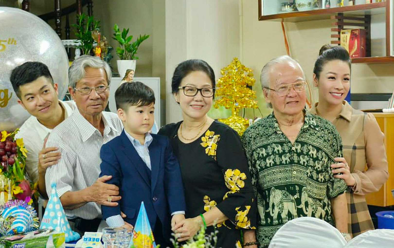 Ồn ào cuộc chiến giành quyền nuôi con của sao Việt: đấu tố, công khai góc khuất nhưng vẫn không giành được quyền nuôi con - Ảnh 4