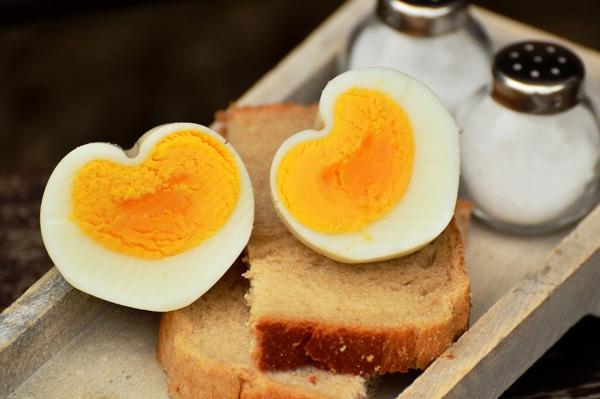 4 món ăn sáng cho trẻ tốt gấp trăm lần cháo, phở và 4 món hại chẳng kém 'thuốc độc' - Ảnh 1