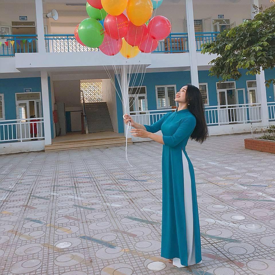 Được báo Trung khen, cô giáo Việt không ngại khoe body vạn người mê - Ảnh 1