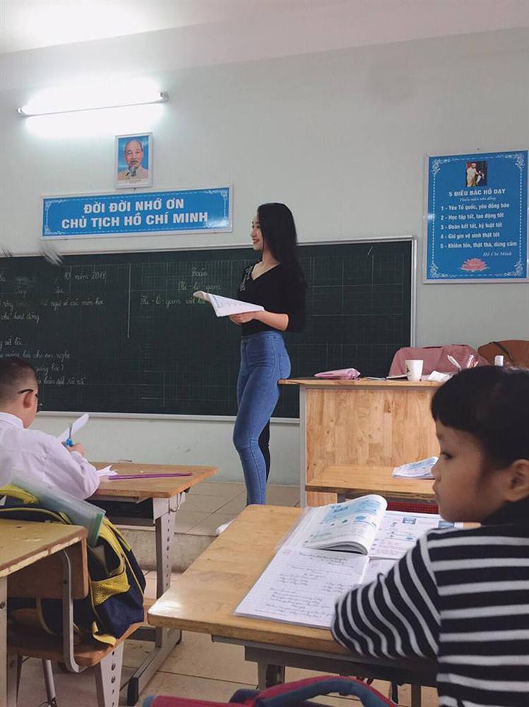 Được báo Trung khen, cô giáo Việt không ngại khoe body vạn người mê - Ảnh 3