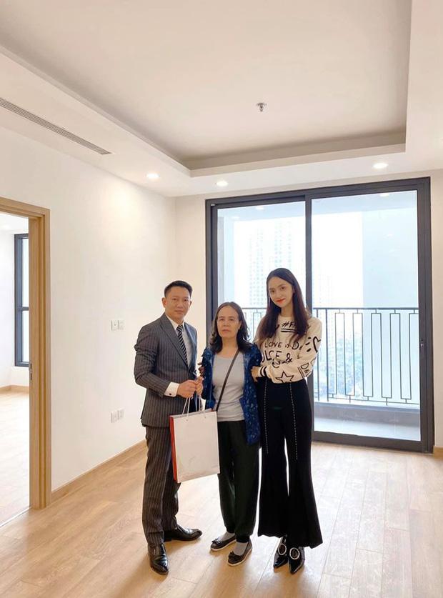 Hương Giang mạnh tay chi tiền mua căn hộ hạng sang tặng mẹ trước thềm năm mới - Ảnh 1