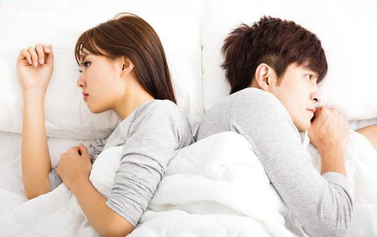 90% đàn ông có biểu hiện này lúc 'yêu' điều đã chán vợ chốn phòng the, phụ nữ nên cẩn thận để hôn nhân không đổ vỡ - Ảnh 1