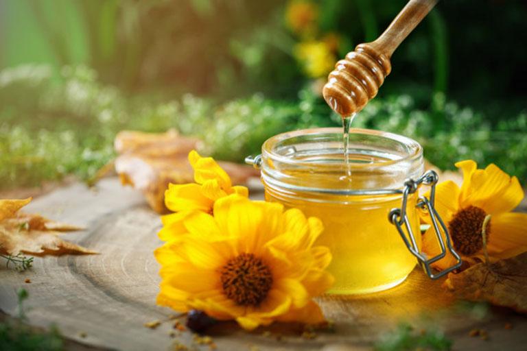 Khi uống mật ong mà có 1 trong 5 dấu hiệu này NHẤT ĐỊNH PHẢI DỪNG LẠI NGAY,nếu không kẻo hối hận - Ảnh 1