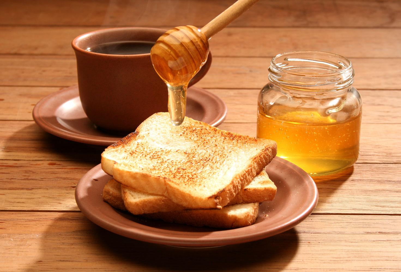Khi uống mật ong mà có 1 trong 5 dấu hiệu này NHẤT ĐỊNH PHẢI DỪNG LẠI NGAY,nếu không kẻo hối hận - Ảnh 2