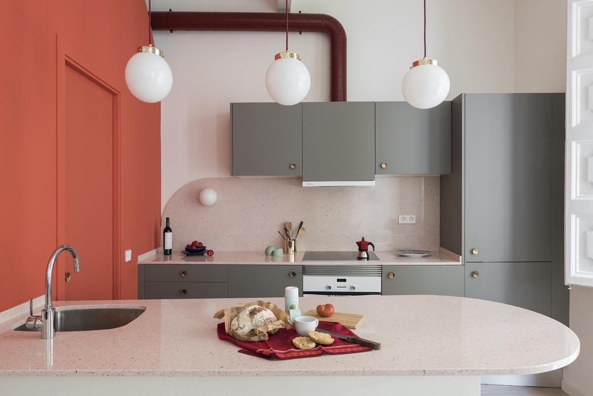 Tham khảo các thiết kế nhà bếp 'chơi trội' với màu 'nóng' - Ảnh 9