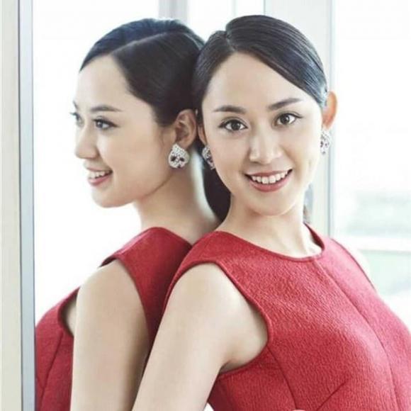 5 nữ nhân nổi tiếng vừa giàu, vừa đẹp ở Trung Quốc: Triệu Vy đứng cuối, 'hot girl trà sữa' chễm chệ ngôi đầu - Ảnh 3