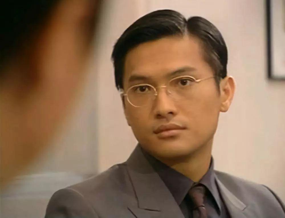 Nam thần TVB một thời lừng lẫy: từ bỏ danh vọng chăm con bị bệnh tự kỷ, hối hận vì không theo đuổi Tuyên Huyên - Ảnh 2