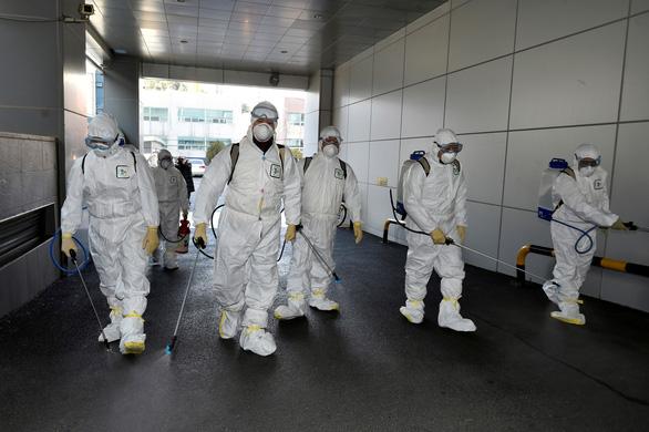 Hàn Quốc thêm 52 ca nhiễm COVID-19 mới, tăng gấp ba lần sau hai ngày - Ảnh 1