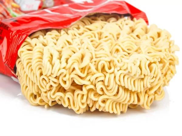 Cảnh báo 11 nguy cơ sức khỏe đến từ mì ăn liền - Ảnh 7