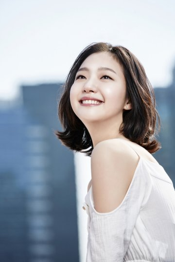 Những mỹ nhân mắt 1 mí của Hàn Quốc vẫn xinh đẹp nhờ kiểu trang điểm trong suốt - Ảnh 1