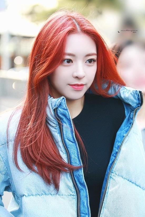 Những lần đổi kiểu tóc của nữ thần Yuna (ITZY) - Ảnh 2