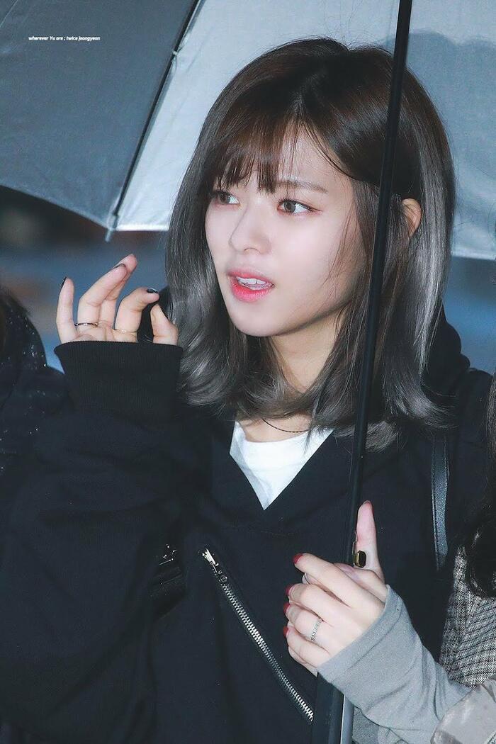 Top nữ idol sở hữu vẻ đẹp thách thức máy quay, theo K-Netizen - Ảnh 1