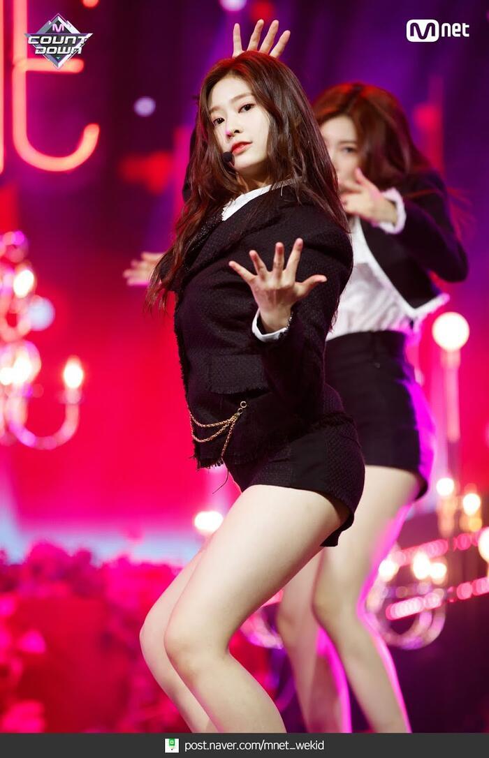 Top nữ idol sở hữu vẻ đẹp thách thức máy quay, theo K-Netizen - Ảnh 10