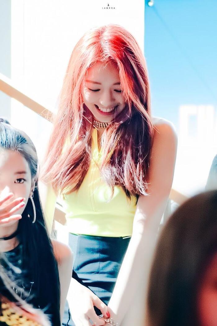 Top nữ idol sở hữu vẻ đẹp thách thức máy quay, theo K-Netizen - Ảnh 4