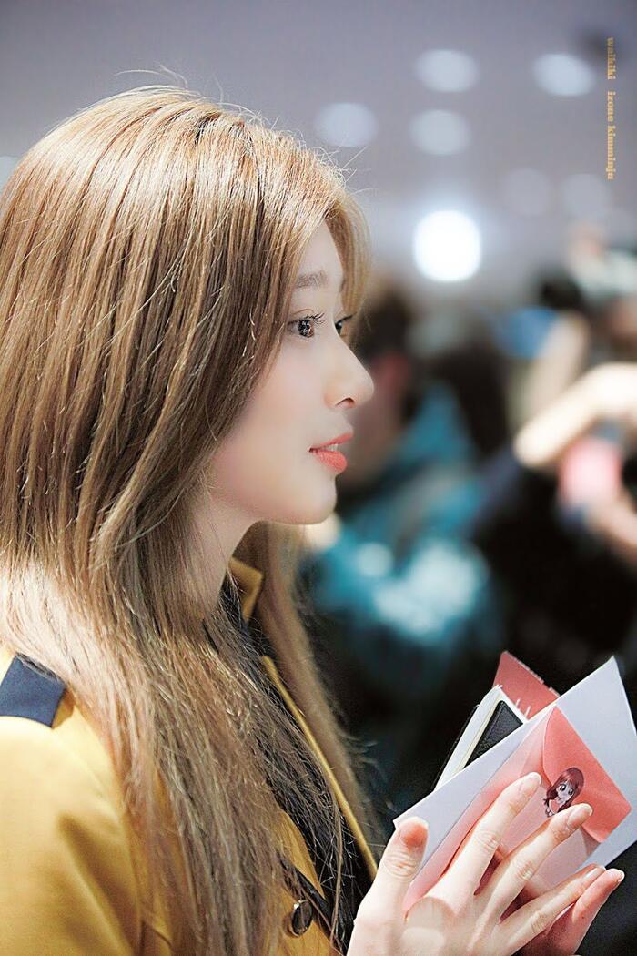 Top nữ idol sở hữu vẻ đẹp thách thức máy quay, theo K-Netizen - Ảnh 9
