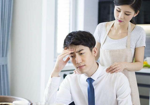 Thày bói phán phải 'trả nợ tình kiếp trước', vợ răm rắp nghe lời đi... cặp bồ - Ảnh 1