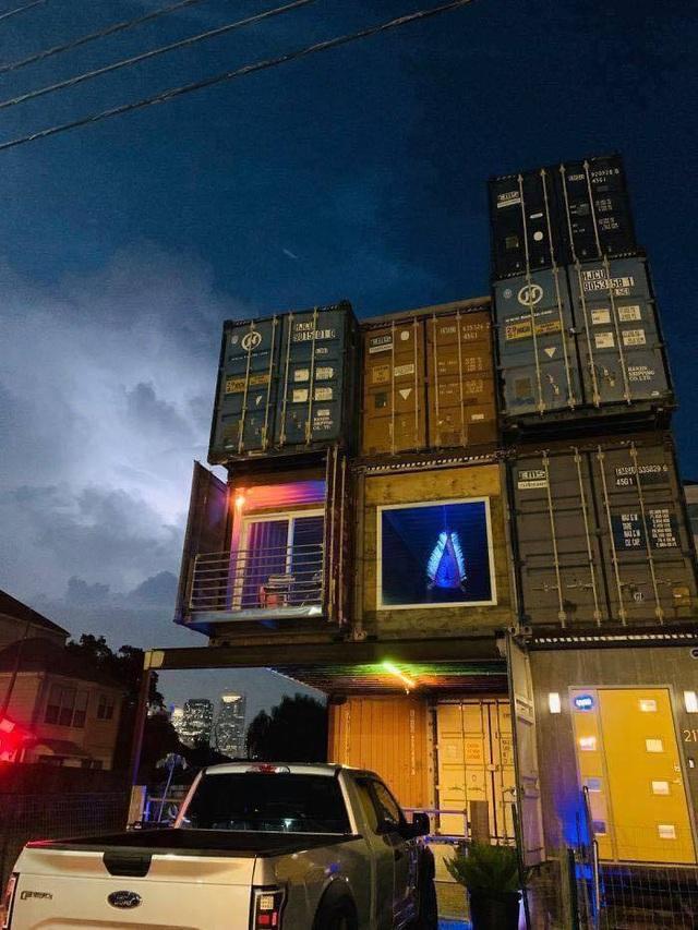 Nhà 3 tầng làm từ 11 container, bất ngờ nhất là nội thất hiện đại bên trong - Ảnh 8