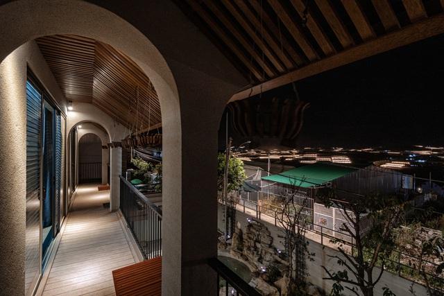 Nội thất sang chảnh trong căn biệt thự 400 m2 trên đỉnh đồi ở Đà Lạt - Ảnh 12