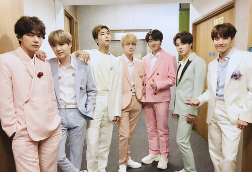 Bị BTS phản bội, Naver đầu tư 2000 tỷ đồng cho nghệ sĩ SM? - Ảnh 8