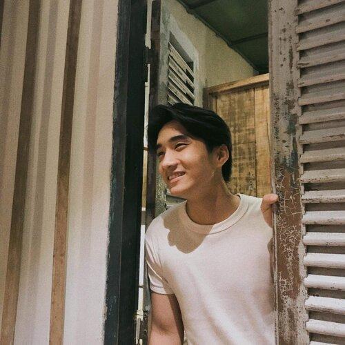 Sở hữu góc nghiêng xuất sắc và tóc hai mái, chàng trai thường bị nhầm là Nguyễn Trọng Tài Hongkong1 - Ảnh 11