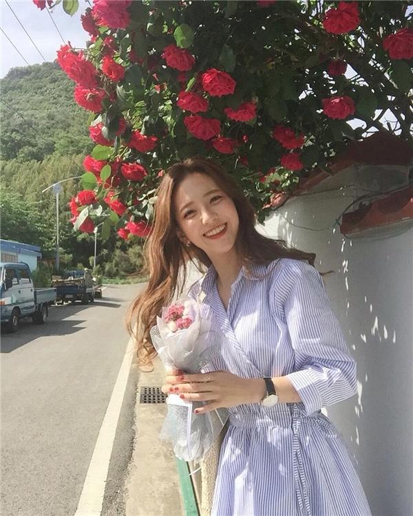 Thêm 1 cô gái Hàn xinh đẹp và đáng yêu 'phát ngất' gây sốt MXH - Ảnh 12