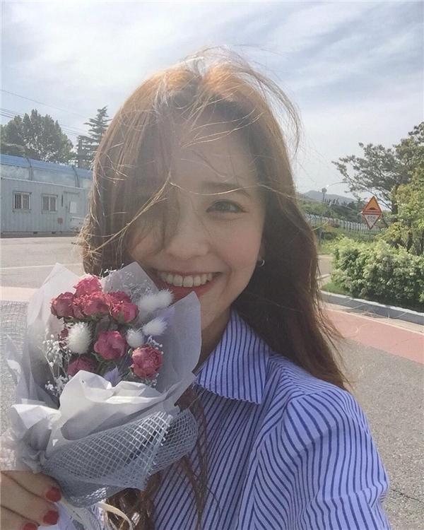 Thêm 1 cô gái Hàn xinh đẹp và đáng yêu 'phát ngất' gây sốt MXH - Ảnh 13