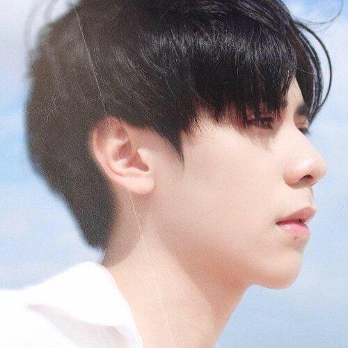 Không chỉ đẹp trai tựa 'nam thần' Hồ Nhất Thiên, chàng trai 9X còn khiến dân tình xôn xao với 'info chẳng phải dạng vừa' - Ảnh 2