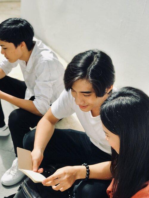 Sở hữu góc nghiêng xuất sắc và tóc hai mái, chàng trai thường bị nhầm là Nguyễn Trọng Tài Hongkong1 - Ảnh 5