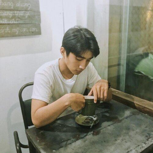 Sở hữu góc nghiêng xuất sắc và tóc hai mái, chàng trai thường bị nhầm là Nguyễn Trọng Tài Hongkong1 - Ảnh 6