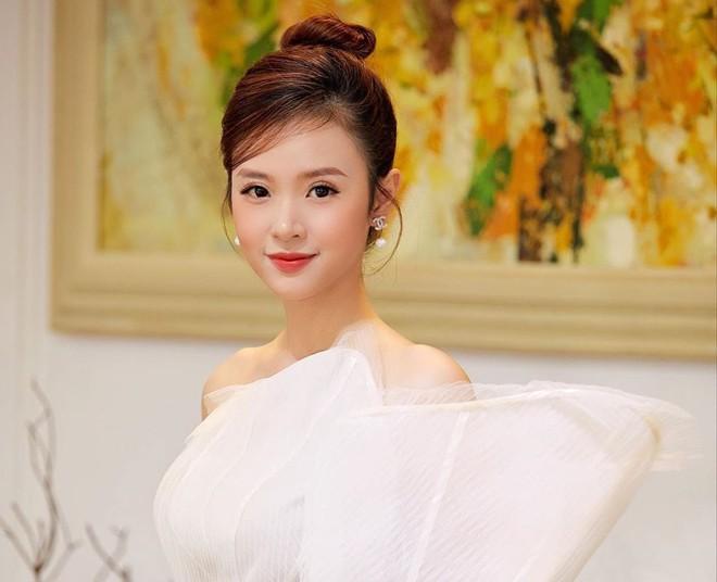 6 năm hủy hôn Phan Thành, Midu bất ngờ chia sẻ chuyện đàn ông phụ bạc - Ảnh 1